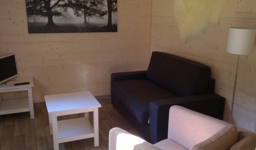 GRANGES DE LEO  salon chalet ariege