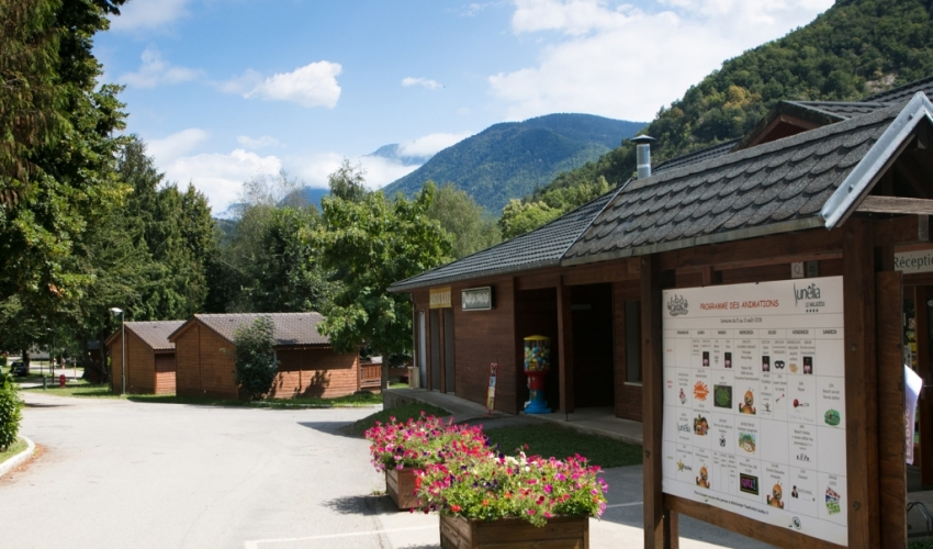 ucpa-camping-malazeou-ariege-pyrenees