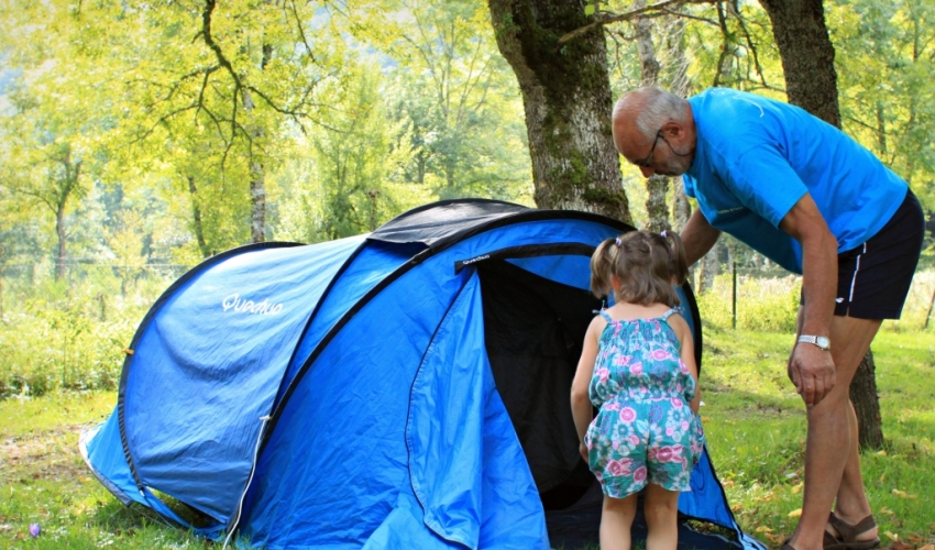 Camping-tente-les-Ioules-ariege-pyrenees